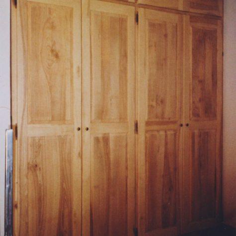 façade portes battante en frêne