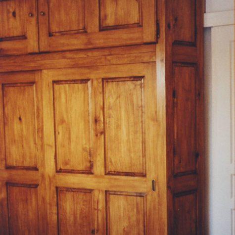 placard portes coulissante et battante en pin massif